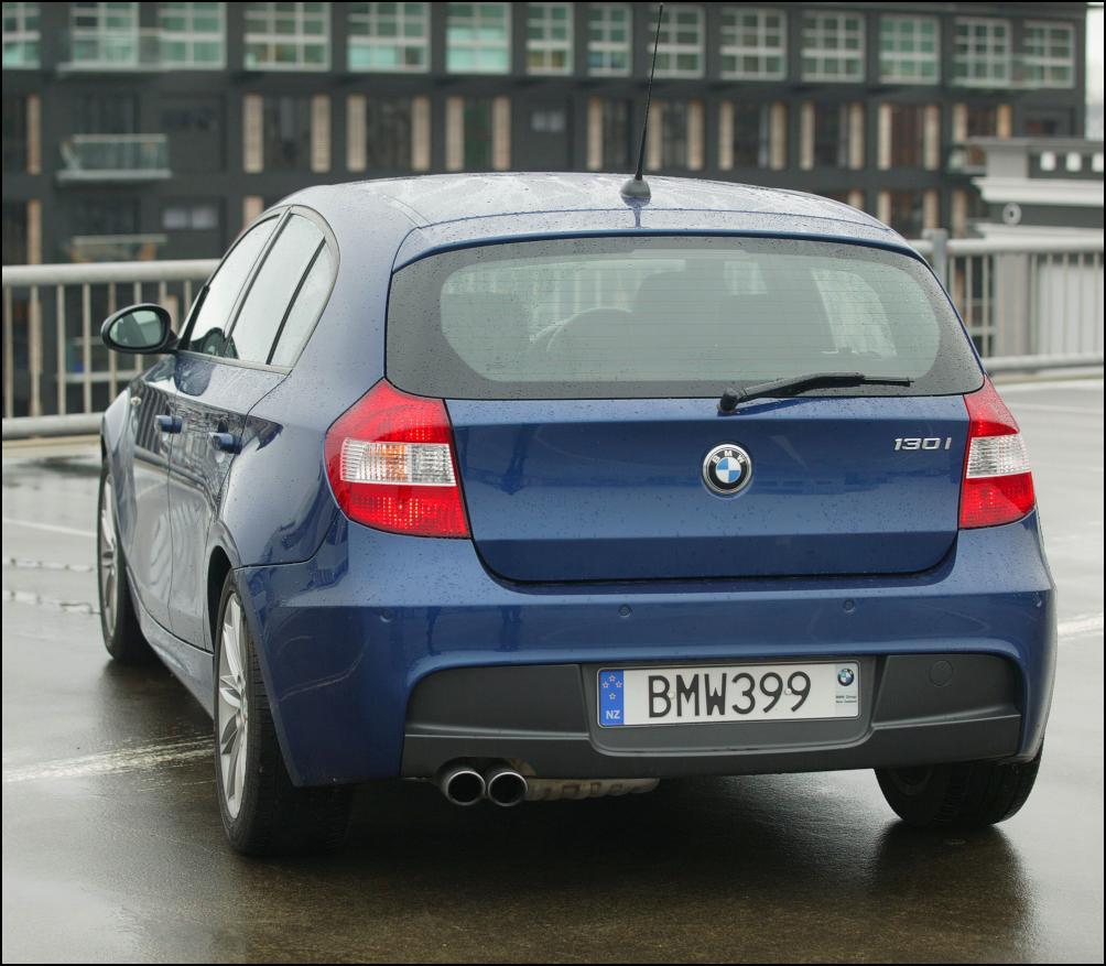 Bmw 130i: MOTORNET: Free-Revving Six - BMW 130i