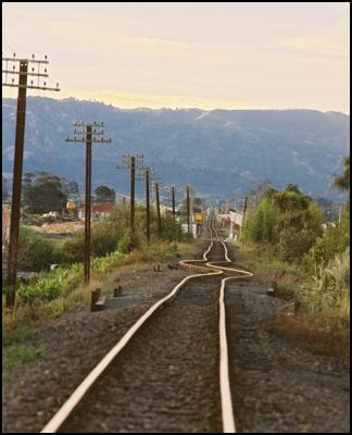 Railway track at Edgecumbe buckled by the magnitude 6.1 earthquake of 1987.  Photo - GNS Science.