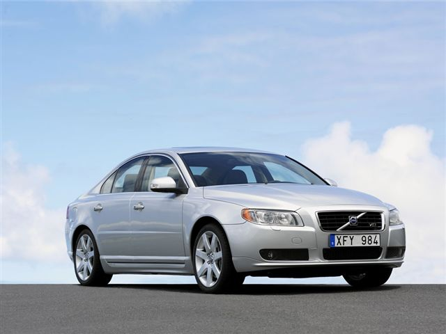 s80 v8 awd is car of the year scoop news. Black Bedroom Furniture Sets. Home Design Ideas