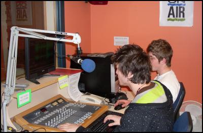 Wellington Access Radio Youth Certificate in Broadcasting students learn to edit audio. Studio, microphone
