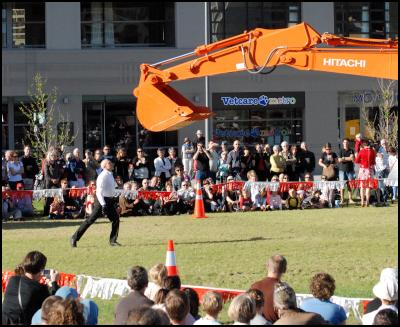 Transports Exceptionels at the New Zealand International Arts Festival, Wellington. Image: Lyndon Hood