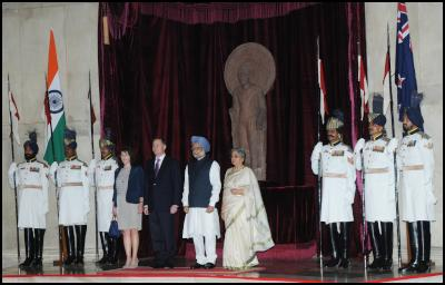 The Prime Minister of India, Dr. Manmohan Singh with the Prime Minister of New Zealand, Mr. John Key, at his ceremonial reception, at Rashtrapati Bhawan, in New Delhi on June 28, 2011. Smt. Gursharan Kaur and Mrs. Bronagh Key are also seen. Photo credit:  PIB & Bharat-Darshan, Hindi magazine from New Zealand
