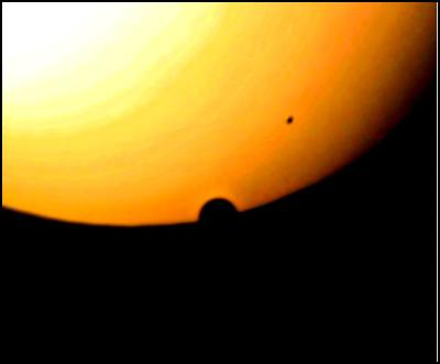 Helen Lawrence: Here are some photos I took of the transit of Venus from Auckland using a 114mm reflector telescope.