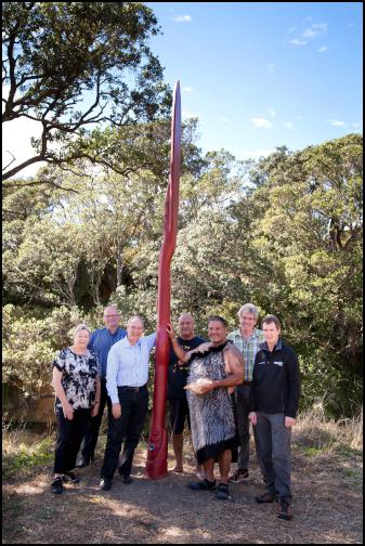 A pou, symbolising a paddle, was unveiled to mark the launch of Te Ara Moana. From L-R: Cr Sandra Coney, Franklin Local Board Chair Andy Baker; Mayor Len Brown, James Brown (Ngai Tai), Hauauru Rawiri (Ngati Paoa), Auckland Council Chief Operating Officer Ian Maxwell and Manager Parks, Sports and Recreation Mace Ward.