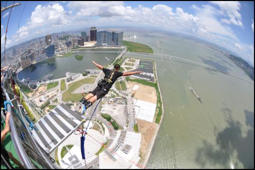 World's highest Bungy (233m) in Macau, China