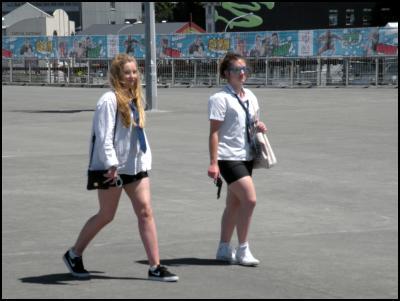 wellington sevensschoolgirls, gun, handcuffs