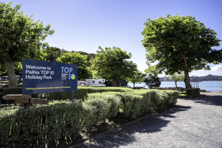 Northland waterfront 'kiwiana' campground pitched for sale | Scoop News