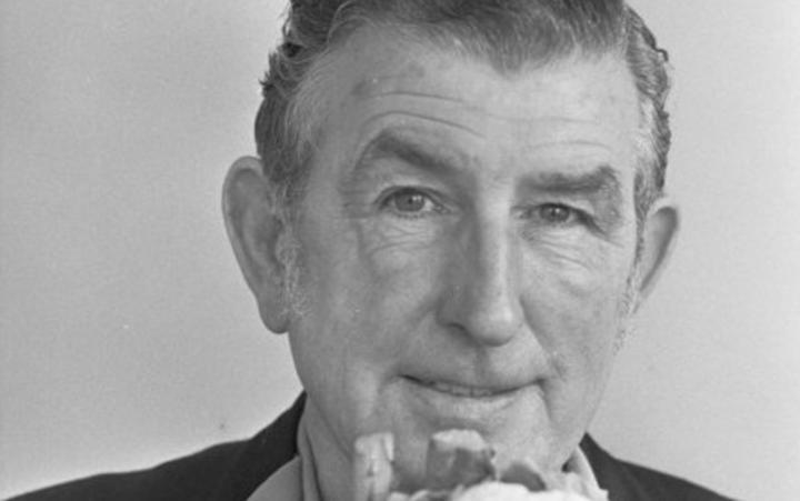portrait photo of Ernie Abbott